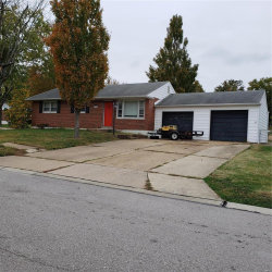 Photo of 10223 Pickwick Drive, St Louis, MO 63123-5964 (MLS # 20077676)
