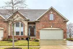 Photo of 117 Kendall Bluff Court, Chesterfield, MO 63017-2157 (MLS # 21002389)