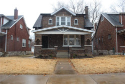 Photo of 4132 Holly Hills, St Louis, MO 63116-2819 (MLS # 21002895)