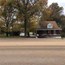 Photo of 2923 Maryville Road, Maryville, IL 62062 (MLS # 17088168)