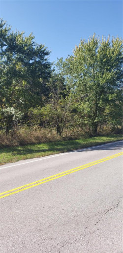 Photo of 32 West Hwy 32, Lebanon, MO 65536 (MLS # 19076796)