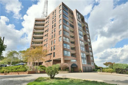 Photo of 1700 Grandview Ave, Unit: 801, Mt Washington, PA 15211 (MLS # 1470975)