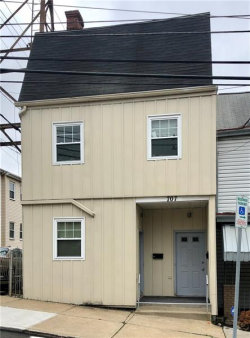 Photo of 707 Boggs Avenue, Unit: 2, Mt Washington, PA 15211 (MLS # 1456225)