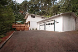 Photo of 527 Jersey St, Silverton, OR 97381 (MLS # 722725)