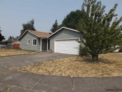Photo of 3332 Lupine St, Lebanon, OR 97355 (MLS # 722921)