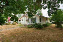 Photo of 342 NW 12th St, McMinnville, OR 97128 (MLS # 722985)