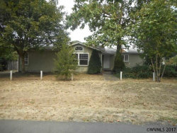 Photo of 420 N 3rd St, Jefferson, OR 97352 (MLS # 724954)
