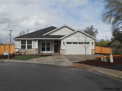 Photo of 561 SE Lines St, Dallas, OR 97338-1944 (MLS # 725300)