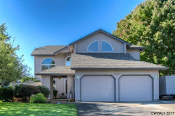 Photo of 2463 SW Maplewood Dr, Dallas, OR 97338 (MLS # 725661)