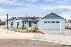 Photo of 1021 Jaysie Dr, Silverton, OR 97381 (MLS # 726396)