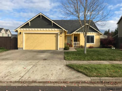 Photo of 560 Lavender St, Silverton, OR 97381 (MLS # 726581)