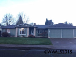 Photo of 837 SW Canterbury Ct, Dallas, OR 97338-1813 (MLS # 728772)