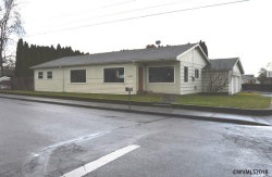 Photo of 1037 NE 28th St, McMinnville, OR 97128 (MLS # 729003)