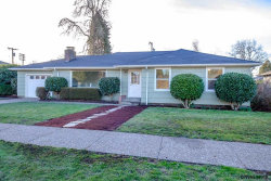 Photo of 1130 NW 16th St, Corvallis, OR 97330-2609 (MLS # 729377)