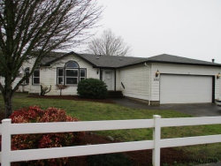 Photo of 142 SW Oregon Trail Dr, Dallas, OR 97338 (MLS # 729487)