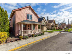 Photo of 417 SE Washington St, McMinnville, OR 97128 (MLS # 731400)