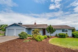 Photo of 35598 S Farm Rd, Woodburn, OR 97071 (MLS # 733468)