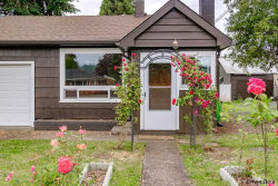 Photo of 1640 S 2nd St, Lebanon, OR 97355 (MLS # 733710)