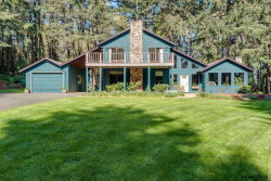 Photo of 405 Reuben Boise Rd, Dallas, OR 97338-9675 (MLS # 734036)