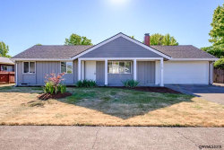 Photo of 1720 NW Highland Dr, Corvallis, OR 97330 (MLS # 736005)