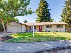 Photo of 1335 W 1st Ct, McMinnville, OR 97128 (MLS # 737312)