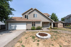 Photo of 631 Mill St, Silverton, OR 97381 (MLS # 737411)