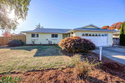 Photo of 2396 Lafayette St SE, Albany, OR 97322 (MLS # 737990)