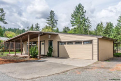 Photo of 38801 Christopher Wy, Lebanon, OR 97355 (MLS # 738038)