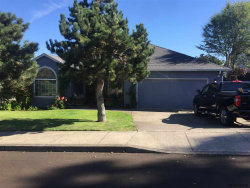 Photo of 56 Sweden Cl, Silverton, OR 97381 (MLS # 739530)