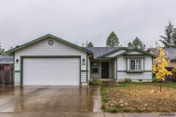 Photo of 1212 46th Av, Sweet Home, OR 97386 (MLS # 740318)