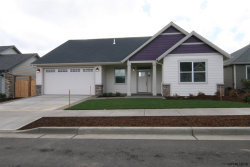 Photo of 1739 SE Loganberry St, Dallas, OR 97338 (MLS # 740569)