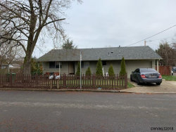 Photo of 363 Bradley St, Woodburn, OR 97071 (MLS # 740578)