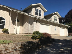 Photo of 223 N Cedar Terrace (& 225) Ct, Stayton, OR 97383 (MLS # 740761)