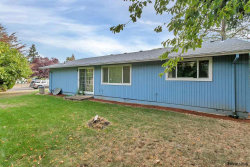 Photo of 1045 Marcel Dr, Woodburn, OR 97071 (MLS # 741506)
