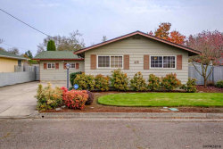 Photo of 45 Hiatt St, Lebanon, OR 97355-4320 (MLS # 741672)