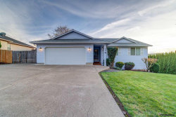 Photo of 178 Olympic Av SE, Salem, OR 97306-1988 (MLS # 741757)
