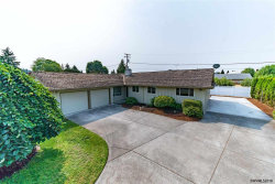 Photo of 744 E Hollister St, Stayton, OR 97383 (MLS # 741883)