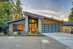 Photo of 3715 SW Hilltop Dr, Corvallis, OR 97333-1435 (MLS # 742624)