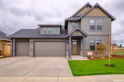 Photo of 1822 SE Academy St, Dallas, OR 97338 (MLS # 744084)