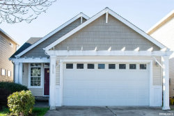 Photo of 828 Morning Glory Dr, Independence, OR 97351 (MLS # 744150)