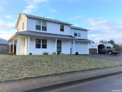Photo of 120 Riverwood Dr, Jefferson, OR 97352 (MLS # 744668)