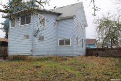 Photo of 338 Log Cabin St, Independence, OR 97351 (MLS # 744859)
