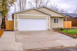 Photo of 759 N Sunrise Dr, Jefferson, OR 97352-9242 (MLS # 744873)