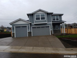 Photo of 123 NW Beaver Ct, Dallas, OR 97338-9274 (MLS # 745694)