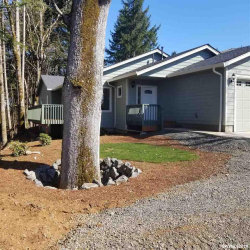Photo of 6933 Rock View Dr SE, Turner, OR 97392 (MLS # 745755)