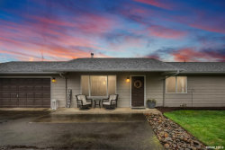 Photo of 1017 Fabry Rd SE, Salem, OR 97306 (MLS # 745913)