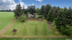 Photo of 2020 Scenic View Dr N, Stayton, OR 97383 (MLS # 746664)
