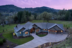 Photo of 14415 NW Pheasant Hill Rd, McMinnville, OR 97128 (MLS # 746688)