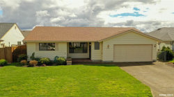 Photo of 2016 Camellia Wy, Woodburn, OR 97071 (MLS # 747218)