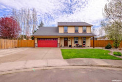 Photo of 350 SW Bell Dr, Dallas, OR 97338-2936 (MLS # 747577)